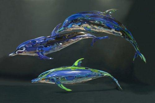 Скульптуры животных из использованного пластика (10 фото)