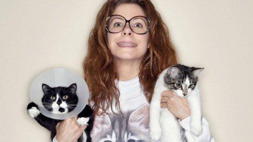 Наш ответ на «старых дев с кошками». Очаровательные холостяки с их любимцами  (14 фото)