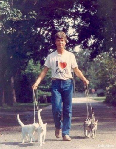 Причудливые парни с кошками :) (24 фото)