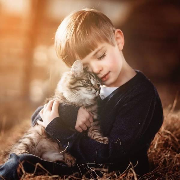 Пост абсолютной мимишности и умиления: Детишки и животные (25 фото)