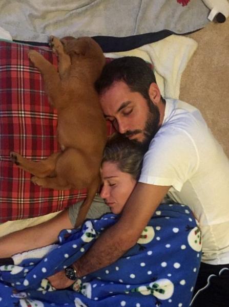 Хозяева устроили «самый лучший год» для собаки, которой поставили смертельный диагноз (6 фото)